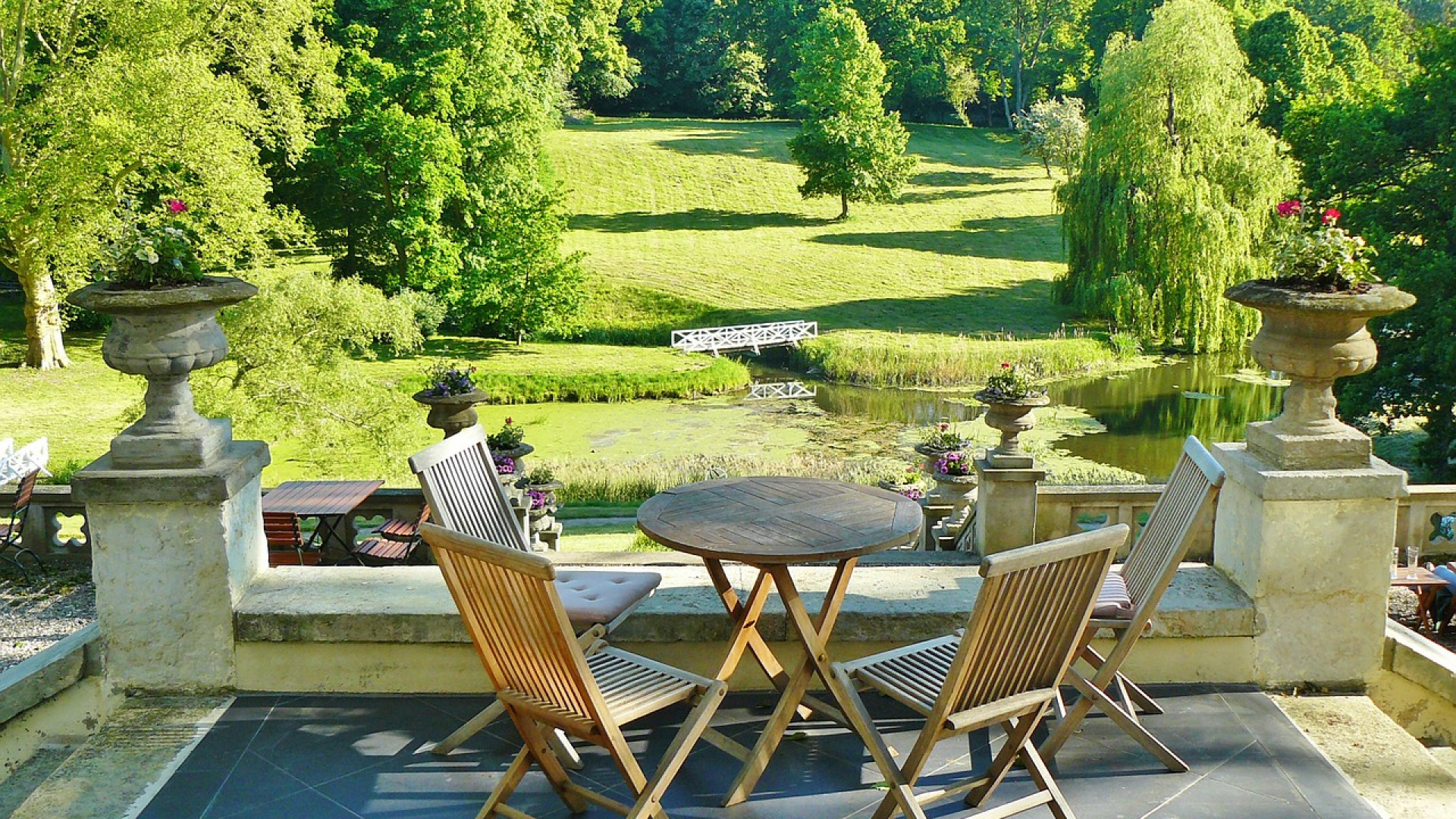 Bien choisir son salon de jardin design