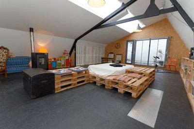 tete lit palette 5 - Tête de lit palette et cadre en bois, matériaux recyclés pour son Bien-Être