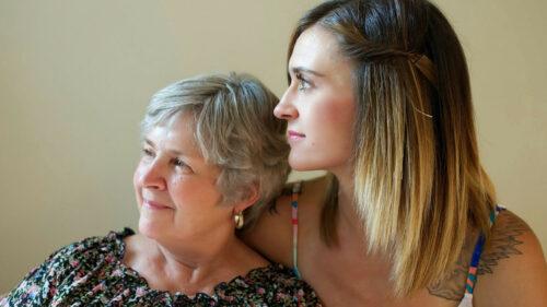 8c664e659805222a729da97d0ded67ad 500x281 - Comment bien choisir sa maison de retraite médicalisée ?