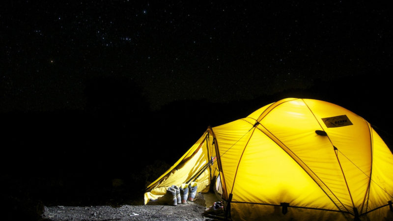 1fa3563793af10faffcd8ca30f28da88 800x450 - Vacances en Corse : les bonnes raisons de partir au camping