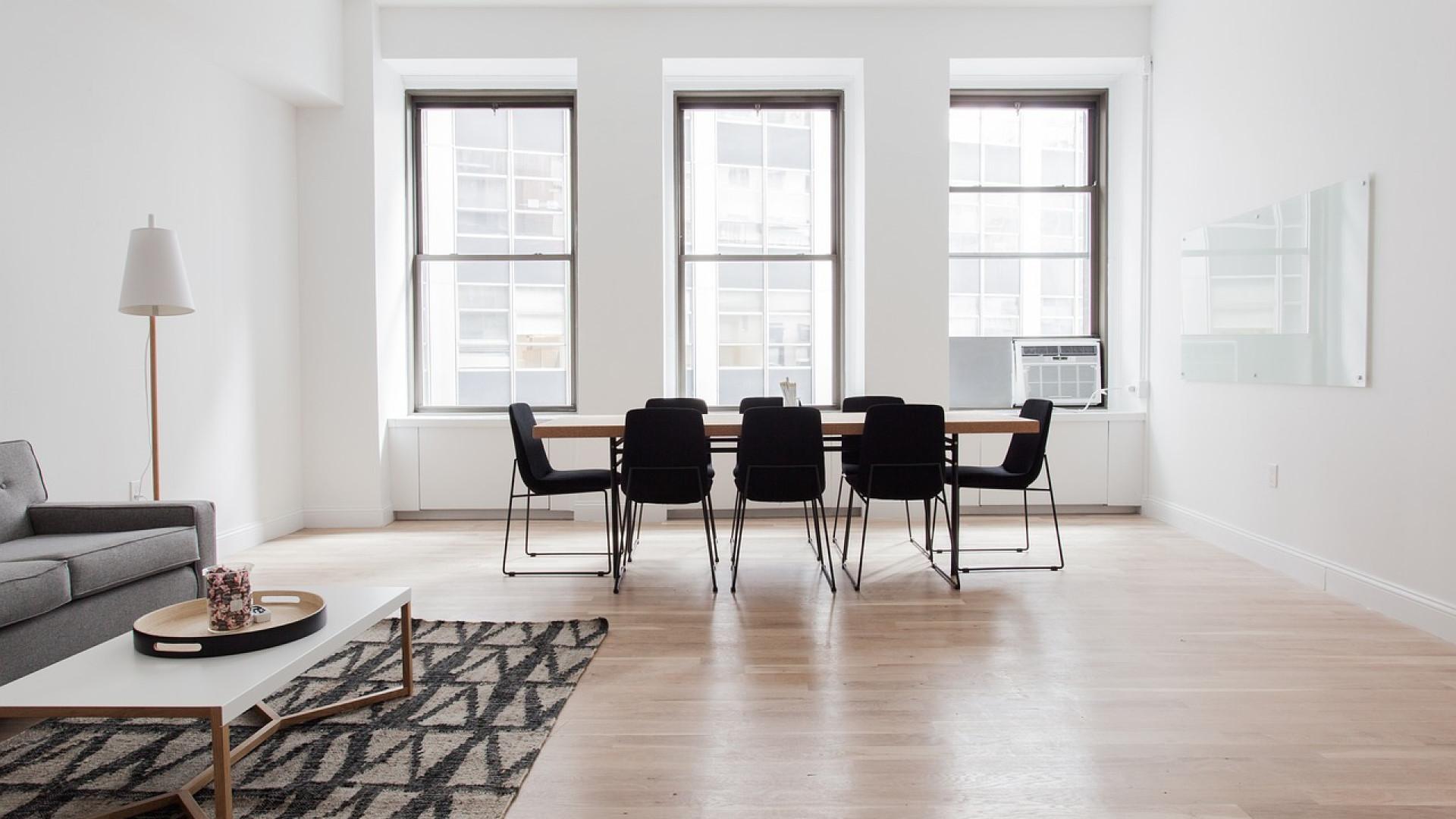 Choisissez une table ronde pliante pour vos salles des fêtes