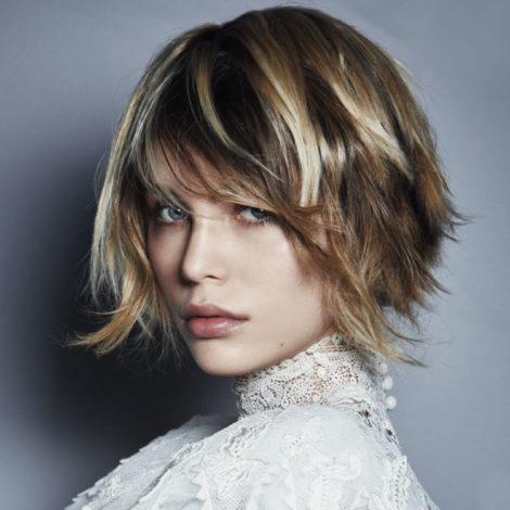 coupe mi longue elegante e1556719826850 - Comment choisir sa coupe de cheveux mi long ?