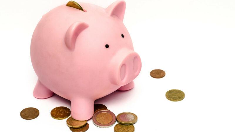 5dd8b1335bf6010870ad9f34a3920c06 800x450 - Depuis seulement 50 ans les femmes peuvent ouvrir un compte bancaire