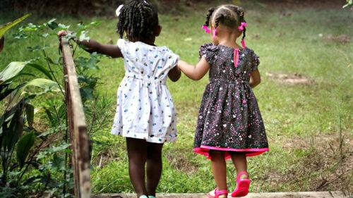 728203ea1d595f2cd9ca6928895be2dc 500x281 - La petite enfance, un secteur économique en plein développement