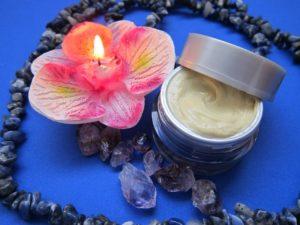 skincare 1122666 1280 300x225 - Découvrez les pouvoirs des cosmétiques marins !