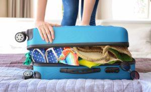 faire correctement sa valise pour partir vacances 17598 l750 h512 300x182 - Les règles pour préparer ses bagages pour prendre l'avion