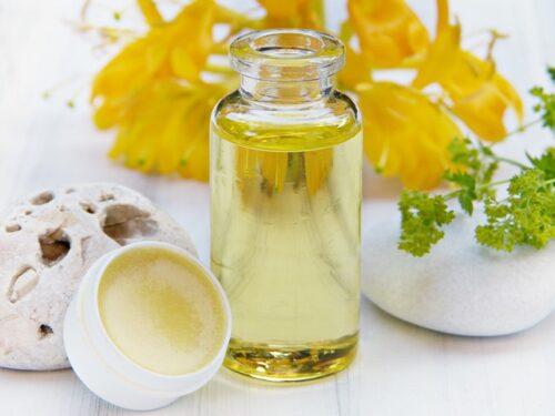 cosmetique huile bio 500x375 - Zéro toxique avec les cosmétiques naturels