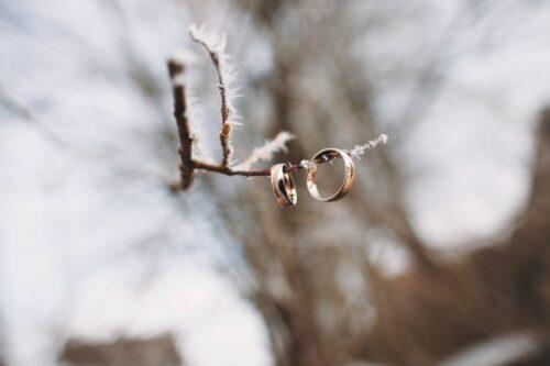 alliances mariage neige