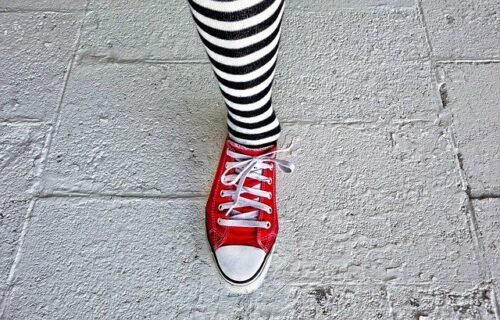 woman 2842670 640 500x320 - Comment bien choisir ses chaussettes quand on est une femme