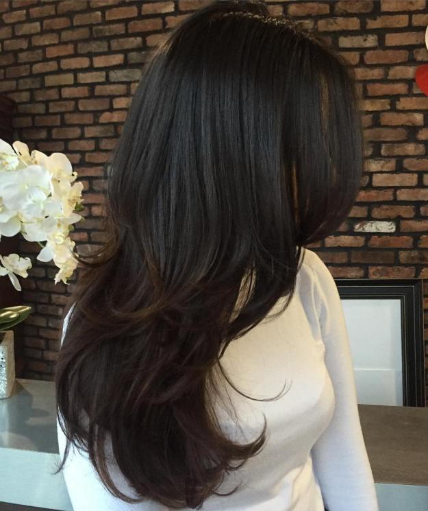 cheveux longs couches - Coiffures mignonnes et coupes pour cheveux longs