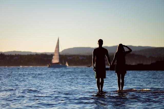 Comment trouver l'amour sérieux en ligne? Cinq choses à retenir
