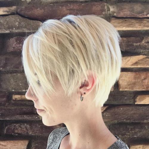 100 coiffures courtes epoustouflantes pour les cheveux fins 5e4142a20cf2a - 100 coiffures courtes époustouflantes pour les cheveux fins
