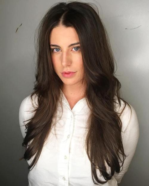 30 meilleures coiffures et coupes de cheveux pour les cheveux longs et droits 5e415c00958db - 30 meilleures coiffures et coupes de cheveux pour les cheveux longs et droits