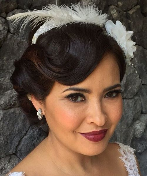 vintage wedding updo for long hair