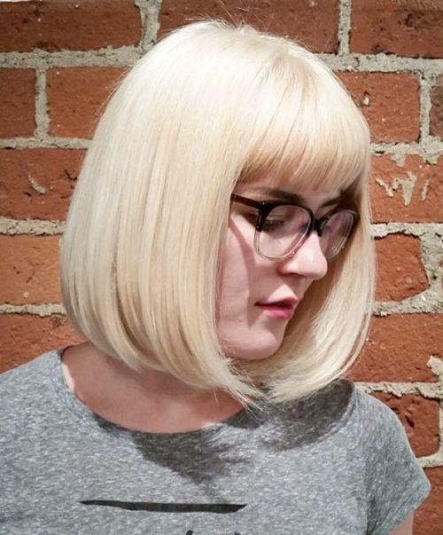 40 coupes de cheveux moyennes avec la frange les plus universelles 5e414be5ba2b4 - 40 coupes de cheveux mi long avec la frange les plus universelles