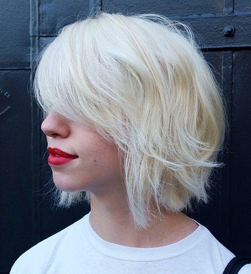 40 coupes de cheveux moyennes avec la frange les plus universelles 5e414be7395c2 - 40 coupes de cheveux mi long avec la frange les plus universelles