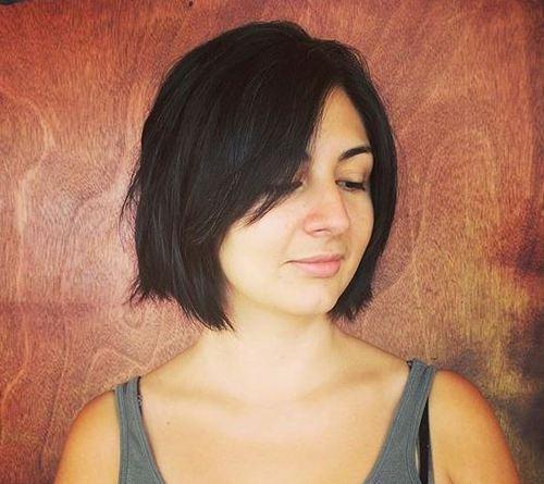40 coupes de cheveux moyennes avec la frange les plus universelles 5e414be922978 - 40 coupes de cheveux mi long avec la frange les plus universelles