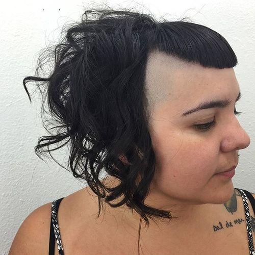 40 coupes de cheveux moyennes avec la frange les plus universelles 5e414be9916b8 - 40 coupes de cheveux mi long avec la frange les plus universelles