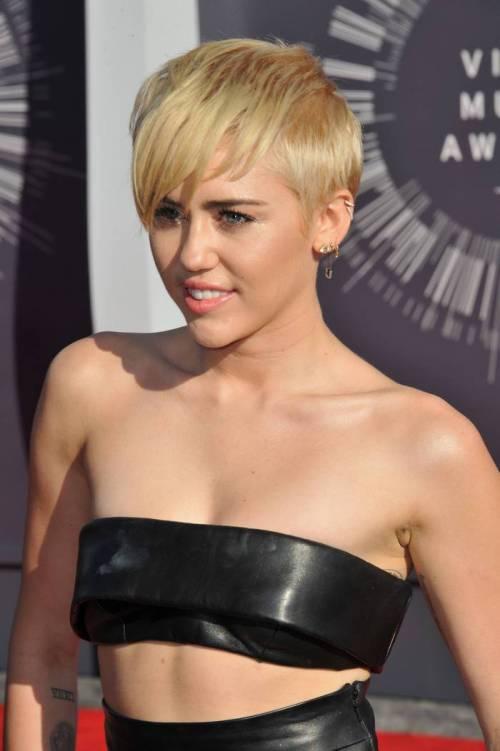 50 coiffures et coupes de cheveux blondes les plus tendances 5e4281636e3c6 - 50 coiffures et coupes de cheveux blondes les plus tendances