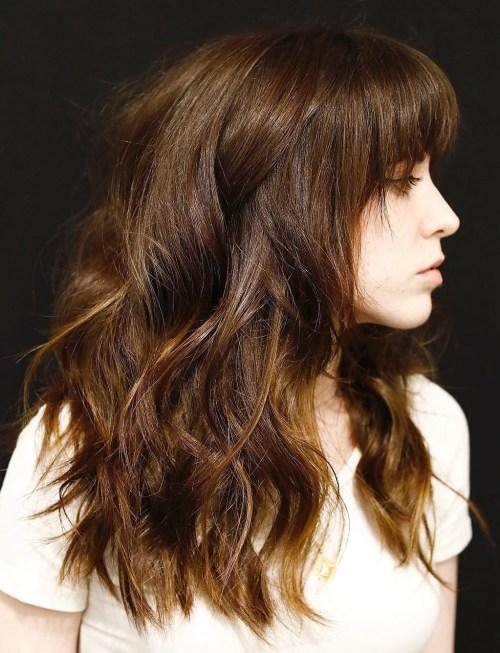 50 coupes de cheveux en couches mignonnes et sans effort avec une frange 5e4158224adb1 - 50 coupes de cheveux en couches mignonnes et sans effort avec une frange
