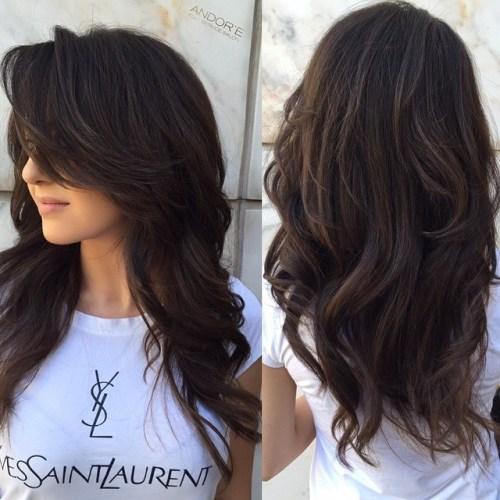 50 coupes de cheveux en couches mignonnes et sans effort avec une frange 5e4158239f4b9 - 50 coupes de cheveux en couches mignonnes et sans effort avec une frange