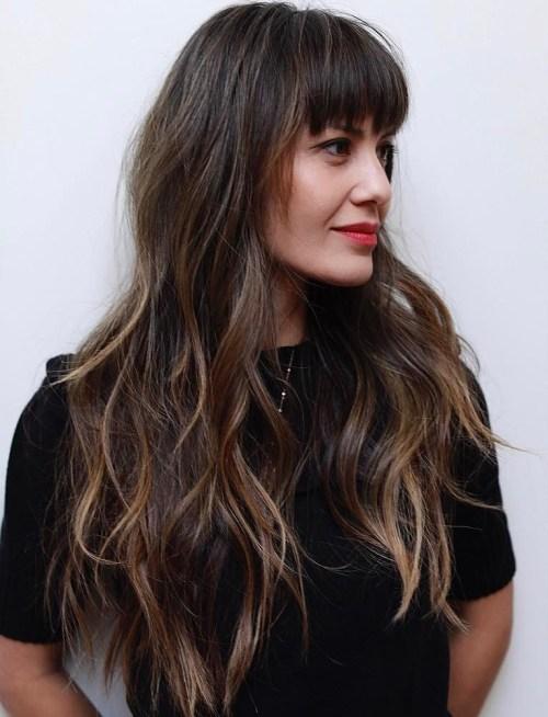 50 coupes de cheveux en couches mignonnes et sans effort avec une frange 5e415823bb009 - 50 coupes de cheveux en couches mignonnes et sans effort avec une frange