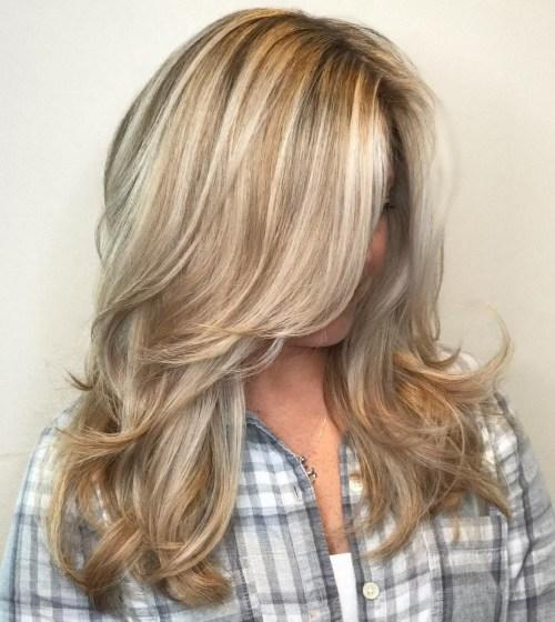 50 coupes de cheveux en couches mignonnes et sans effort avec une frange 5e415823d9ed3 - 50 coupes de cheveux en couches mignonnes et sans effort avec une frange