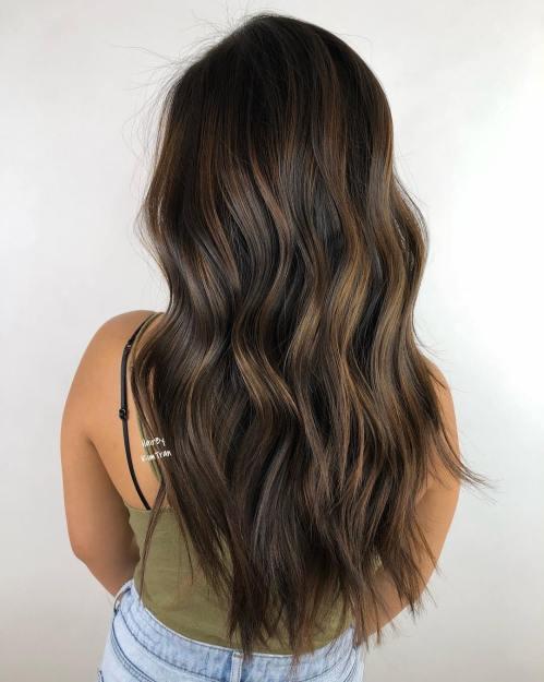60 coiffures avec des cheveux brun fonce avec des reflets 5e428109482b2 - Chouchouter vos pieds, mode d'emploi