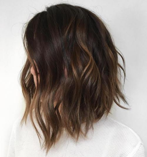 Brunette Lob With Light Brown Highlights