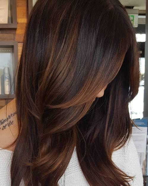 60 coiffures avec des cheveux brun fonce avec des reflets 5e42810bcdd20 - 60 coiffures avec des cheveux brun foncé avec des reflets