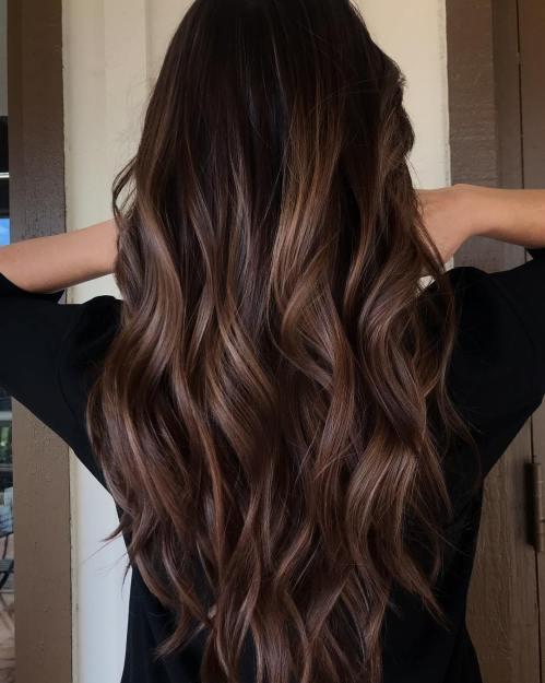 60 coiffures avec des cheveux brun fonce avec des reflets 5e42810c66b82 - 60 coiffures avec des cheveux brun foncé avec des reflets