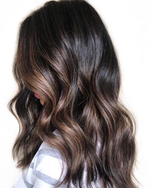 60 coiffures avec des cheveux brun fonce avec des reflets 5e42810ca1fa1 - 60 coiffures avec des cheveux brun foncé avec des reflets