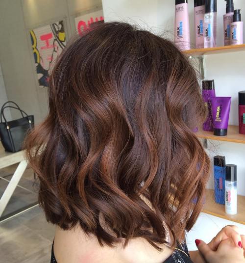 60 coiffures avec des cheveux brun fonce avec des reflets 5e42810cdbd97 - 60 coiffures avec des cheveux brun foncé avec des reflets