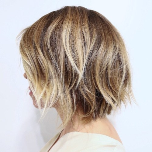 Cute Medium Bob Haircut With Shaggy Layers