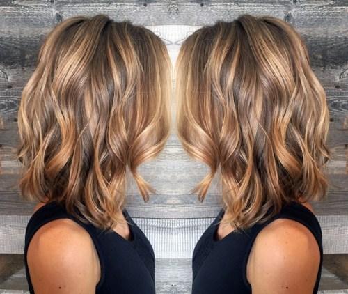 60 coiffures moyennes amusantes et flatteuses pour les femmes 5e414c0094bf8 - 60 coiffures coupe cheveux mi long amusantes et flatteuses pour les femmes