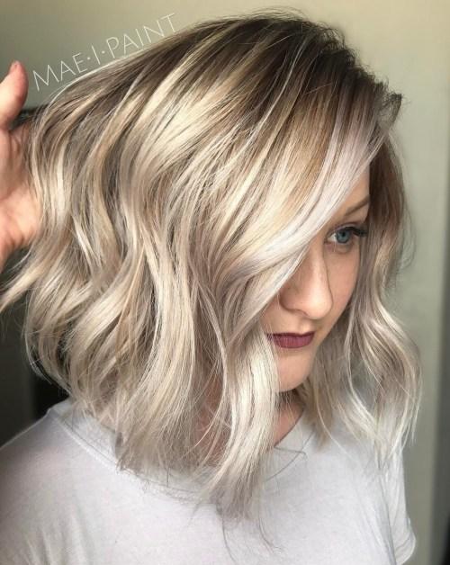 60 coiffures moyennes amusantes et flatteuses pour les femmes 5e414c019d055 - 60 coiffures coupe cheveux mi long amusantes et flatteuses pour les femmes
