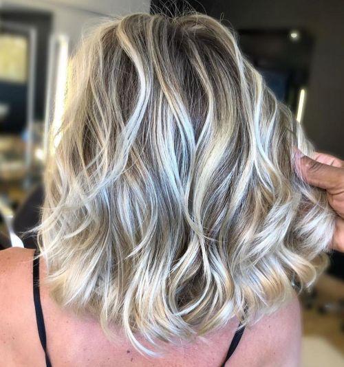60 coiffures moyennes amusantes et flatteuses pour les femmes 5e414c01b9911 - 60 coiffures coupe cheveux mi long amusantes et flatteuses pour les femmes