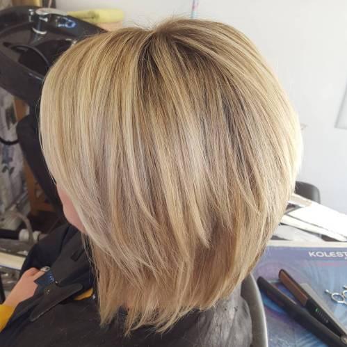 60 coiffures moyennes amusantes et flatteuses pour les femmes 5e414c02b0649 - 60 coiffures coupe cheveux mi long amusantes et flatteuses pour les femmes