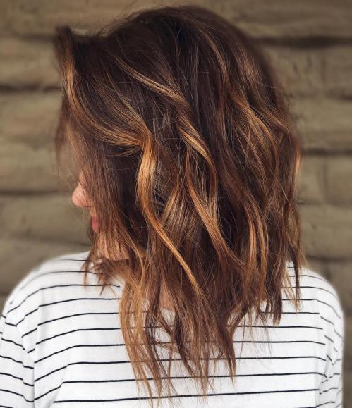 60 coiffures moyennes amusantes et flatteuses pour les femmes 5e414c02e9355 - 60 coiffures coupe cheveux mi long amusantes et flatteuses pour les femmes
