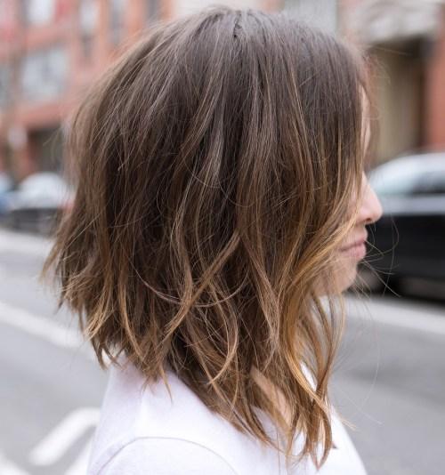 60 coiffures moyennes amusantes et flatteuses pour les femmes 5e414c0452cab - 60 coiffures coupe cheveux mi long amusantes et flatteuses pour les femmes