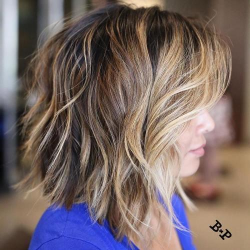 60 coiffures moyennes amusantes et flatteuses pour les femmes 5e414c0538fa9 - 60 coiffures coupe cheveux mi long amusantes et flatteuses pour les femmes