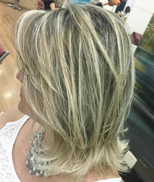 60 coiffures moyennes amusantes et flatteuses pour les femmes 5e414c05703b5 - 60 coiffures coupe cheveux mi long amusantes et flatteuses pour les femmes
