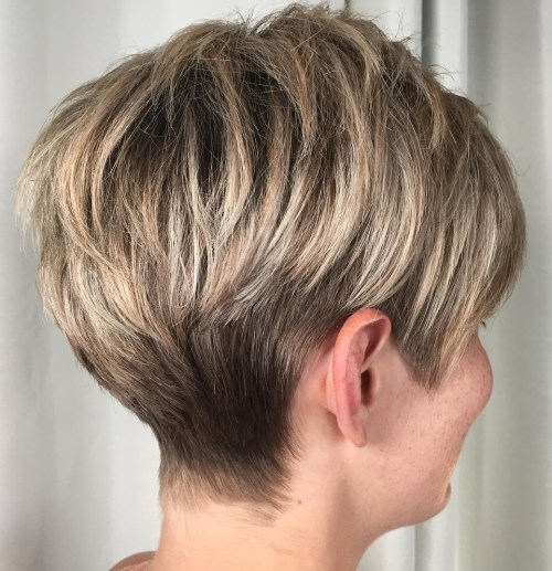60 coupes de cheveux courtes et coiffures chics pour les cheveux epais 5e4142bd9358a - 60 coupes de cheveux courtes et coiffures chics pour les cheveux épais