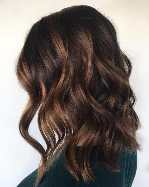60 looks avec des reflets caramel sur les cheveux bruns et brun fonce 5e428141e7e4c - 60 looks avec des reflets caramel sur les cheveux bruns et brun foncé