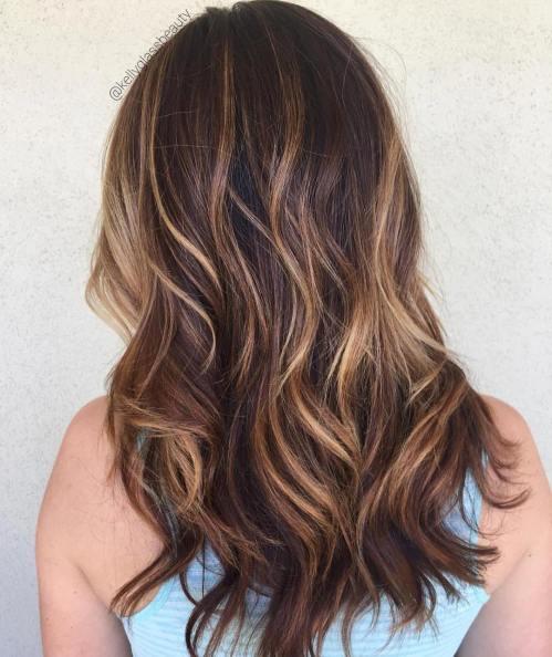 60 looks avec des reflets caramel sur les cheveux bruns et brun fonce 5e4281420e94f - 60 looks avec des reflets caramel sur les cheveux bruns et brun foncé