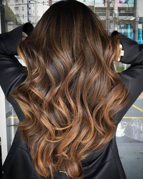 60 looks avec des reflets caramel sur les cheveux bruns et brun fonce 5e428142a1f5a - 60 looks avec des reflets caramel sur les cheveux bruns et brun foncé