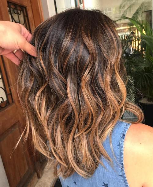 60 looks avec des reflets caramel sur les cheveux bruns et brun fonce 5e4281452f351 - 60 looks avec des reflets caramel sur les cheveux bruns et brun foncé