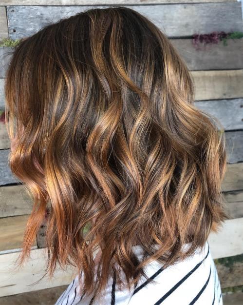 60 looks avec des reflets caramel sur les cheveux bruns et brun fonce 5e428145bd7a5 - 60 looks avec des reflets caramel sur les cheveux bruns et brun foncé
