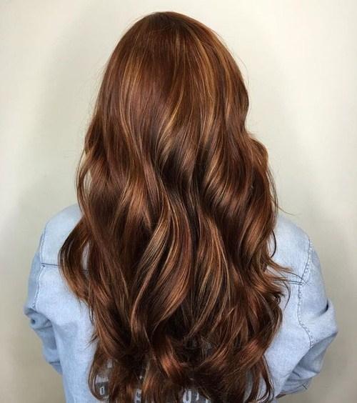 60 looks avec des reflets caramel sur les cheveux bruns et brun fonce 5e4281469b7ab - 60 looks avec des reflets caramel sur les cheveux bruns et brun foncé
