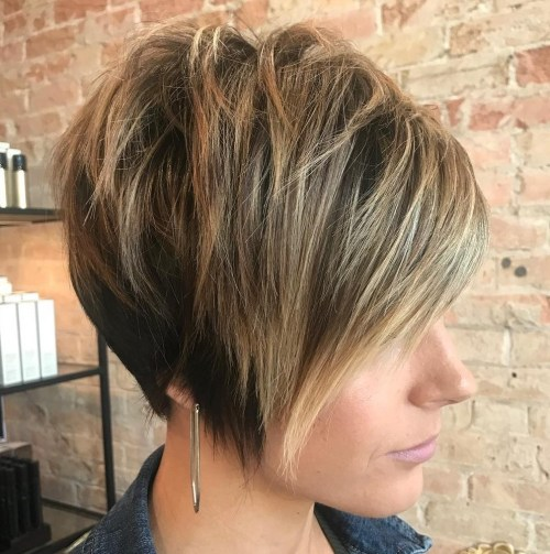 70 coiffures en couches courtes mignonnes et faciles a coiffer 5e414349820e9 - 70 coiffures en dégradé courtes mignonnes et faciles à coiffer